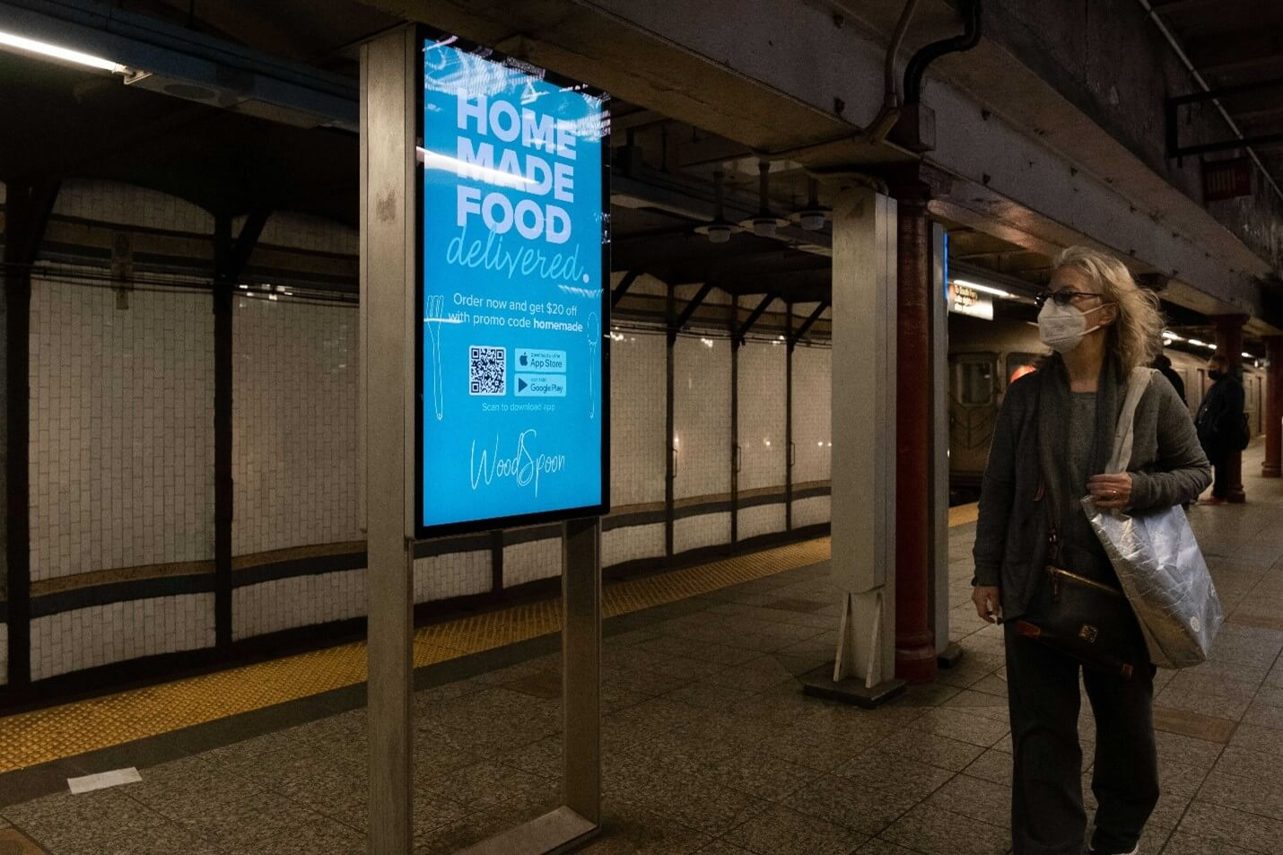 Creative Sample #2: Out-of-home digital ad in New York City subway station for food delivery platform